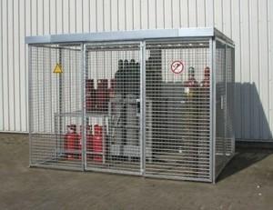 Gasflaschen-Lager mit Dach für technische Gase